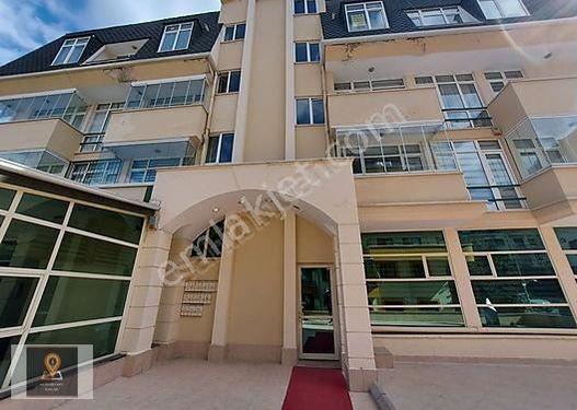 Aden Yapı&Emlak Yıldız Hilal'de 6+1 280 m2 Satılık Dubleks