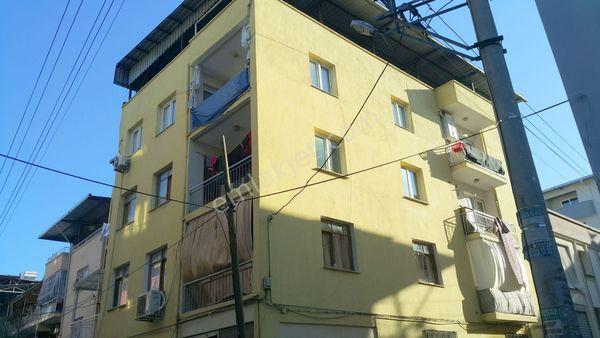 Buca İnönü Mah.de(Gediz Mah) Satılık Komple 4 Katlı Bina