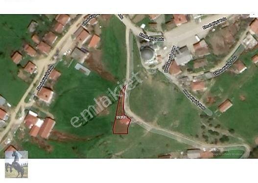 Çanakkale Biga Elmalı Köyünde Avlulu Kargir Ev ve Arsa