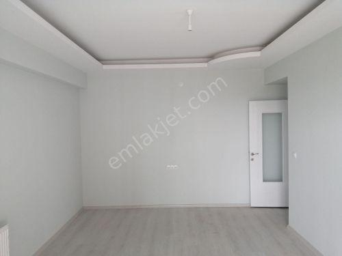 yakınca da 4+1 yeni daire 6kat 200 m2