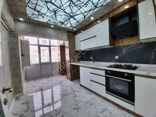 EMLAK PRESTİJ'DEN BAGIMSIZ ARA KAT ULTRA LÜX 120m2 daire