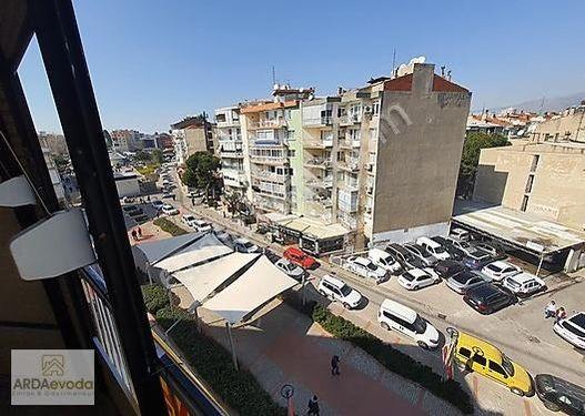 Merkezi konumda , 3 balkonlu, asansörlü, doğal gazlı 3+1 kiralık