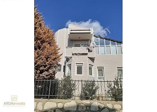 Villakentte Satılık villa