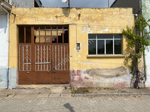 Zeren Emlak'tan Atça Mah'de yol üstü satılık müstakil ev...