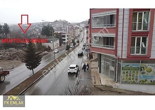 FK GAYRİMENKUL'DEN CADDE ÜZERİ KÖŞE BAŞINDA 140 M² DÜKKAN