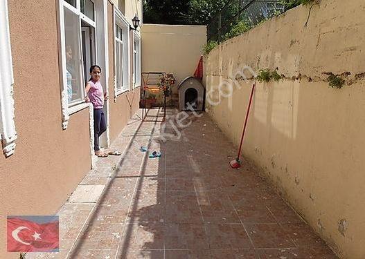 Kocamustafapaşa Merkezi Konum Özel Otoparklı 100mk 2+1 Bahçekatı