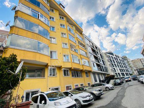 Eyüp Göktürk'te merkezi konum satılık 135m2 2+1 arakat daire