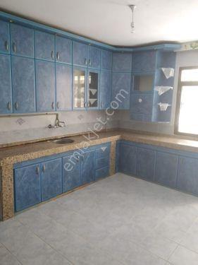 Buca Çamlıpınar'da kiralık 2+1 Ayrı Mutfaklı Daire