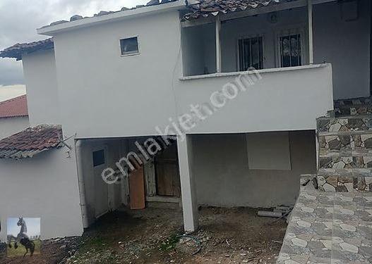 Çanakkale, Biga, Işıkeli Köyünde satılık tas ev