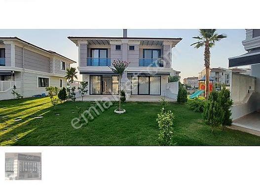 Dalaman altıntas mahallesinde satılık 4+1 lüks villa