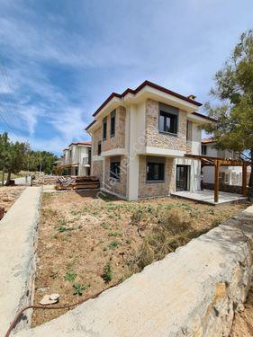 Çağın Gayrimenkul!den Datça Merkezde Satılık Bahçeli 3+1 Villa