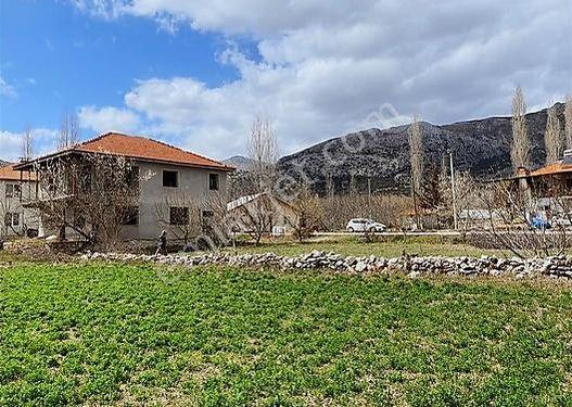 Burdur Ağlasun Yeşilbaşköy de Satılık Müstakil Ev