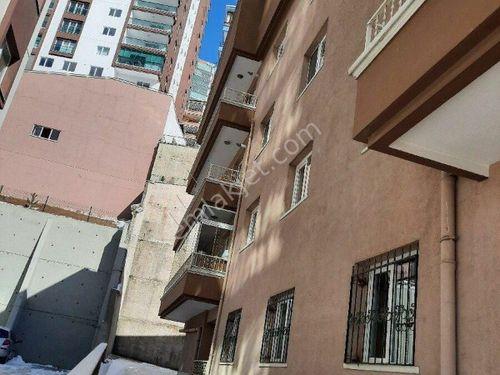 Mamak Hürel mahallesinde 3+1 satılık daire trene yakın