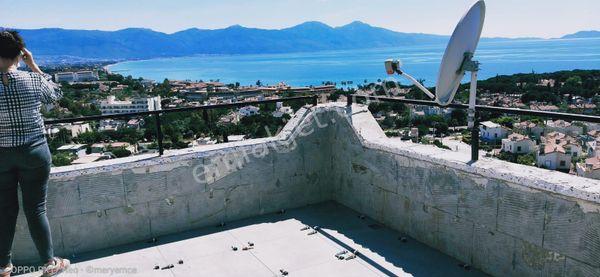 Yeni,Full deniz manzaralı,denize yakın tripleks villa