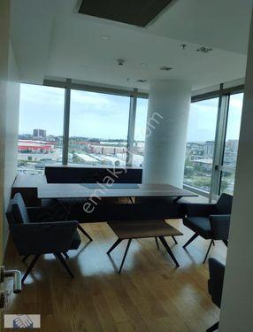 Nish İstanbul'da 112 m2 Eşyalı Kiralık Ofis..