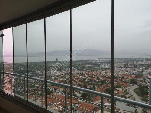 Narlıdere Narbel deniz ve İzmir manzaralı doğalgaz asansör 3+1
