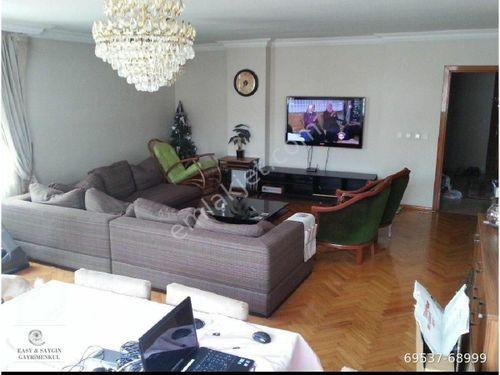 Ortaklar cad The Marmara Oteli yakınında 250 m2 full esyali
