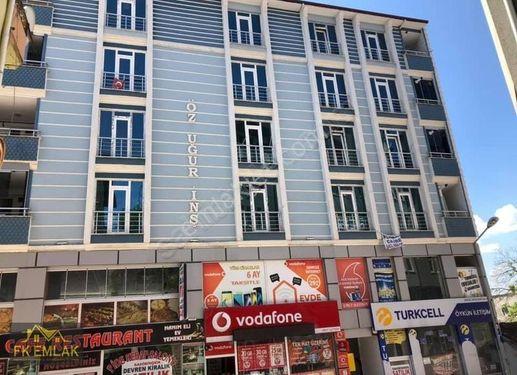 FK Gayrimenkul'den KAVAK MERKEZ DE 110M² DOĞALGAZLI 2+1 DAİRE