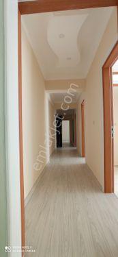 3+1 kiralık daire anayola 30 m 1300 TL kira bedeli