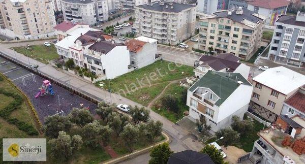 YUNUSELİ MAH. 180 m2 ARSA