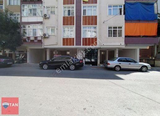 CEVİZLİ HACILAR CADDESİNDE 190M² 14 METRE CEPHELİ KİRALIK DÜKKA