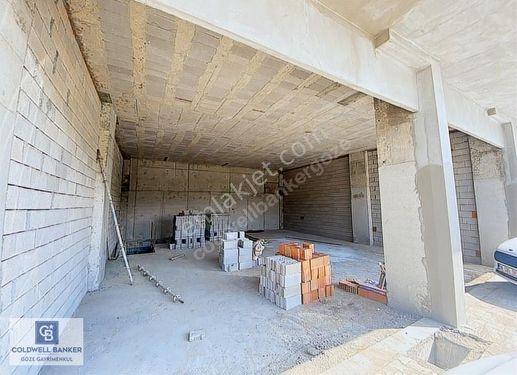 Alanya Avsallar'da Satılık 220 m2 Dükkan