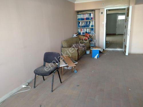 MANİSA TURGUTLU BULVAR'DA SATILIK 25 m2 OFİS