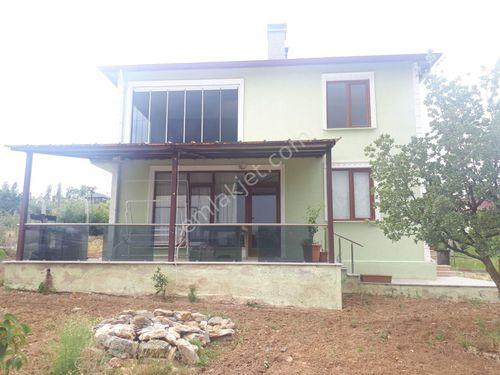 KIRKLARELİ merkezde Hacızekeriya mahsatılık dublexs bahçeli ev