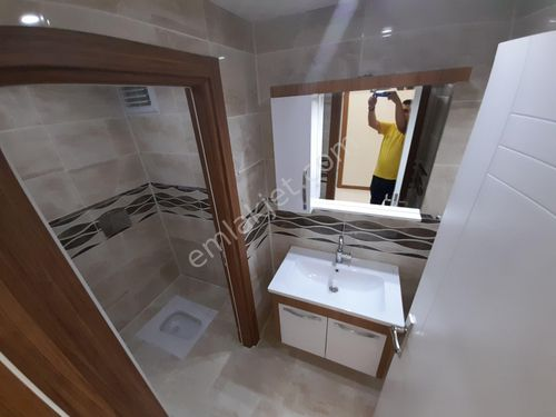 Aşağı çöşnük Tandoğanda 8arakat 3x1 site içi lüks daire