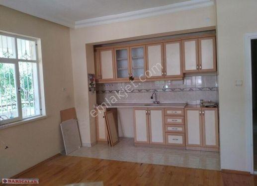 Korkuteli kiremitli mah amarikan mutfakli 1 kat 2+1 120 m2
