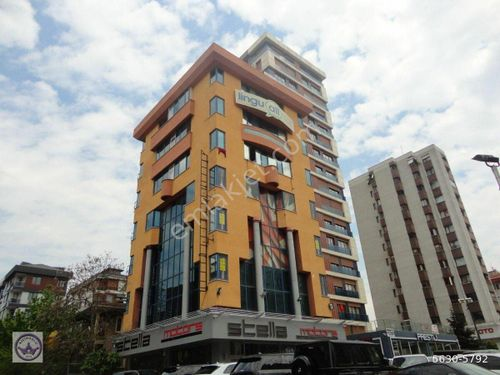 Kadıköy satılık bina minibüs yolunda kiracılı işmerkezi