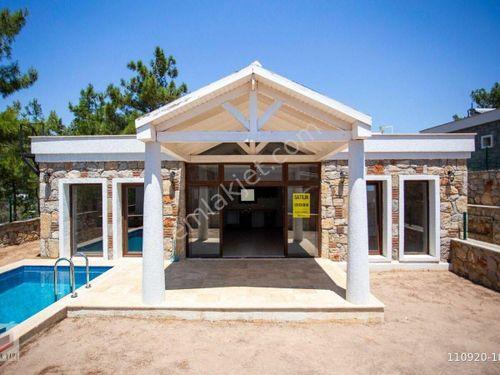 Bodrum Torba'da Müstakil Havuzlu 2+1 Sıfır Taş Villa