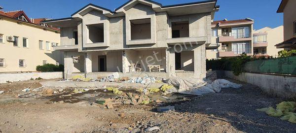 Cesur Emlaktan 4+1 Satılık İkiz Villa Refkodu:5251