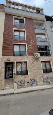 Buca Atatürk mah kiralık 2+1 ferah daire
