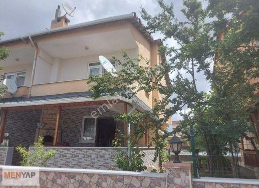 Menyap'tan Havuzlu Site içerisinde 4+1 Satılık Yazlık Villa