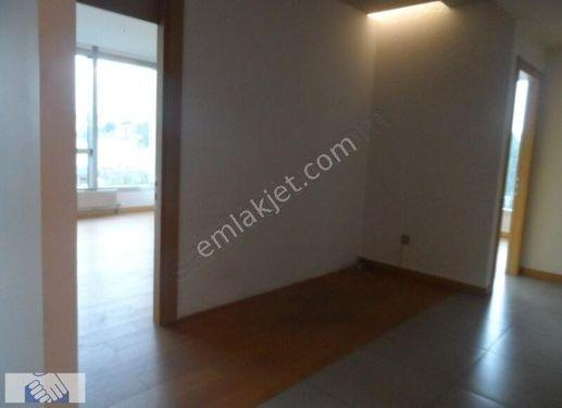 Nish İstanbul'da 97 m2 2+1 Kiralık Ofis..