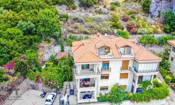 TT Emlak Marmaris Armutalan'da Müstakil, Havuzlu Sitede Villa