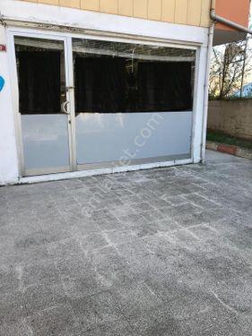 Maltepe Süreyyaplajı'nda Büro Ofis Kullanımına Uygun 25 M2 Dükka