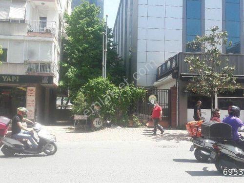 The Marmara otelinin arkasında  250 m2  5+1