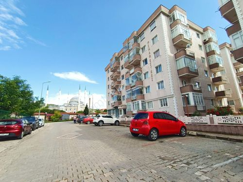 Boğazkent Mh. Kolin Otel Karşısı Denize 300 MT 3+1 Satılık