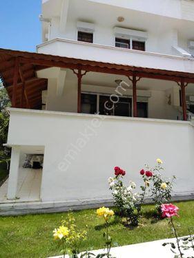 Karaağaç Sahilinde Denize Sıfır Satılık Villa