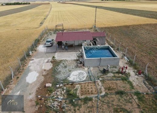 BFB GAYRİMENKUL'DEN POYRAZ'DA 8600 M2 HAZIR BAHÇE HAVUZLU