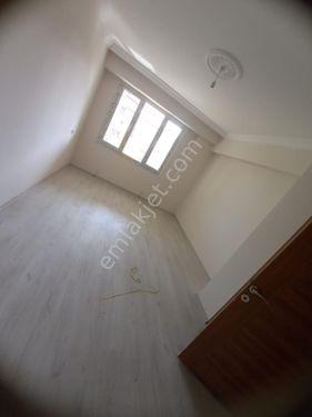 Zeren Emlak'tan Karacasu'da satılık 2.kat daire...