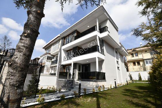 BENT EMLAK'TAN Pursaklar'ın Merkezinde 5+1 Lüks Tripleks villa!