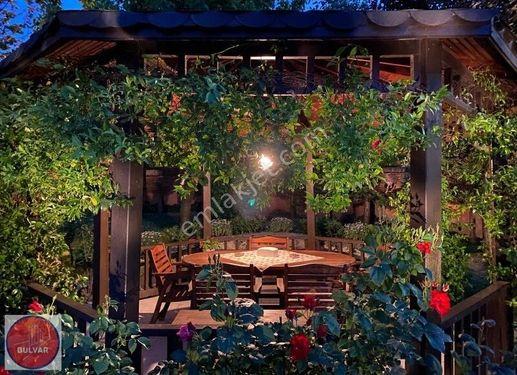 Bahçeşehir 2.Kısım 500m2 Garden Suitable for Citizenship Sale