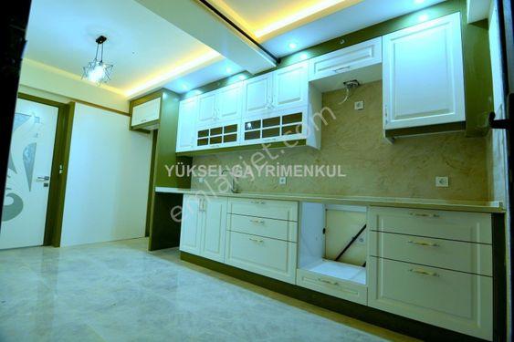 Denizli Mehmet Akif'te 2+1 cadde üstü muhteşem daire
