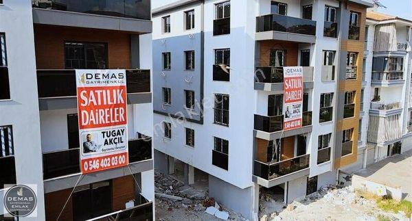 SALİHLİ KURTULUŞ MAH. 2+1 95 m2 DOĞALGAZLI OTOPARKLI DAİRELER