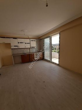 yeni foça yazlık 2 oda bir salon
