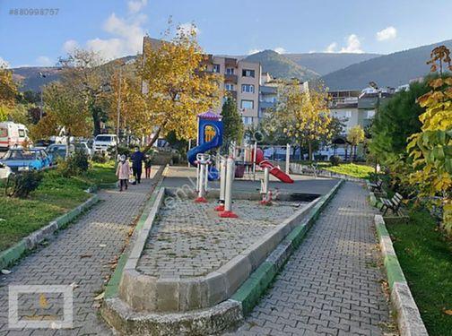Setbaşı namazgah üzeri yeni mahallede çift cephe park yanı 2+1