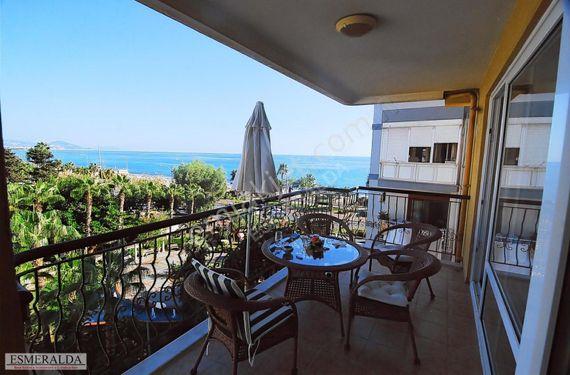 AlanyaGüllerpınarı Mahallesinde Deniz Manzaralı Satılık3+1Daire